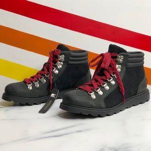 NEW Sorel waterproof boots